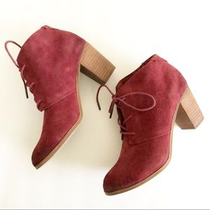 Toms Women Size 9 Stack Heel Red Suede Bootie New